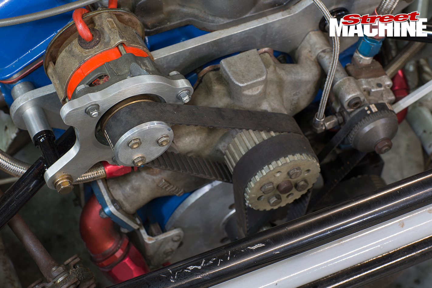 HT-Monaro -sports -sedan -engine -detail