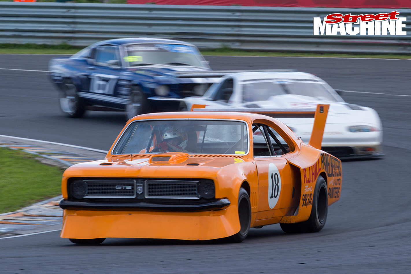 HT-Monaro -sports -sedan -ontrack