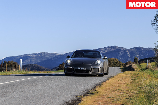 Porsche GT3 driving
