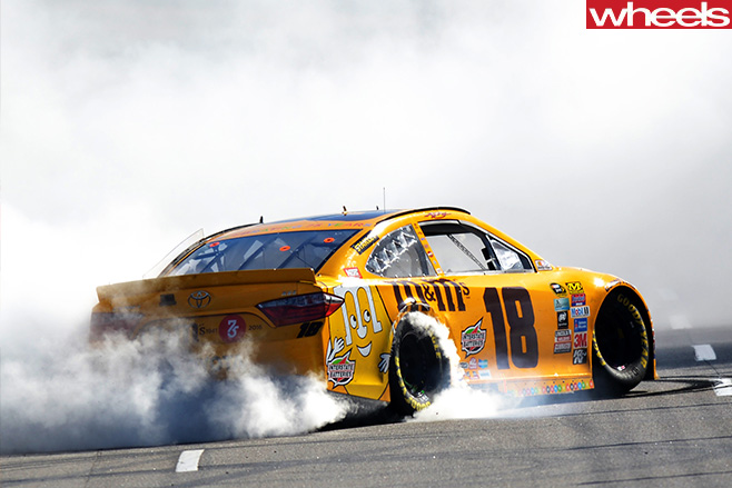 NASCAR-yellow -car