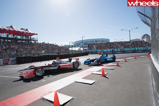 Formula -E-race -cars