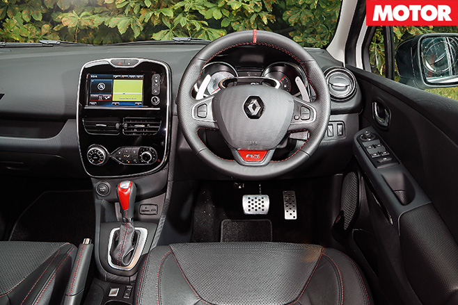 Renault Clio RS 220 Trophy interior