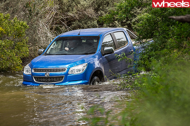 Holden -Colorado -wading -front