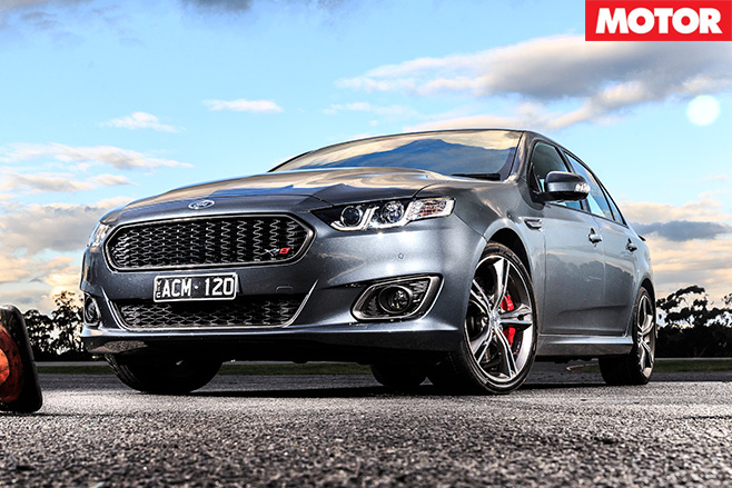 Ford -falcon -xr8