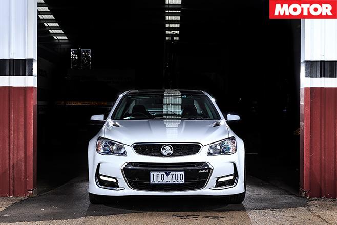 Holden -ss -v -redline