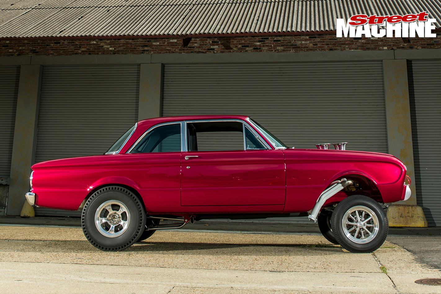Ford -Falcon -gasser -side
