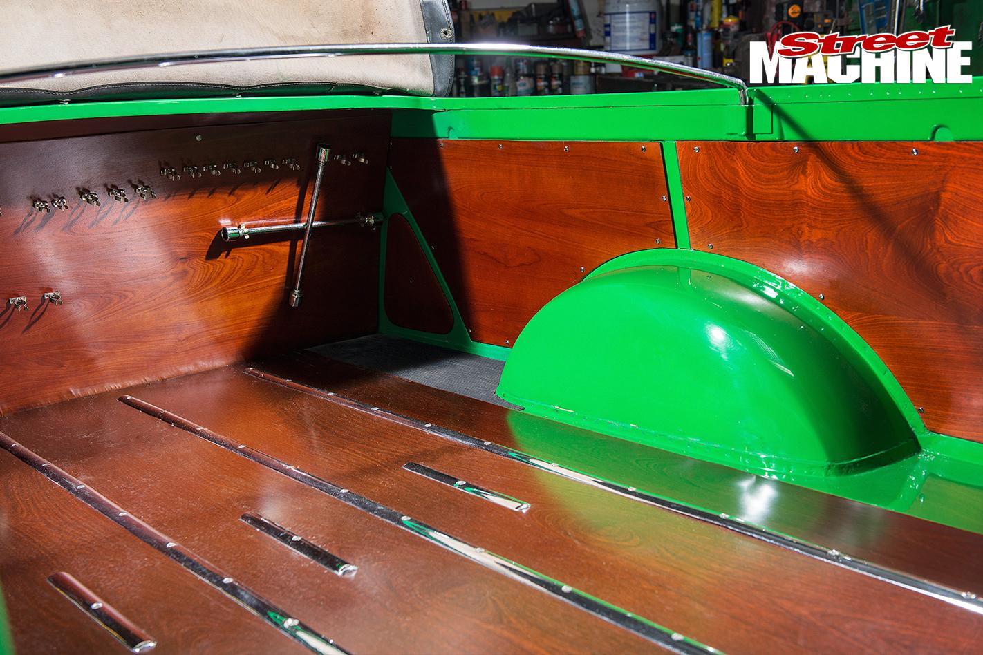 Holden -FJ-Utility -tray -detail