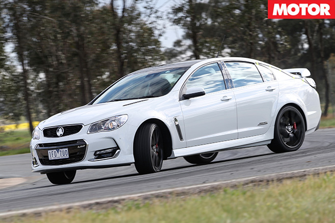 Holden commodore redline front