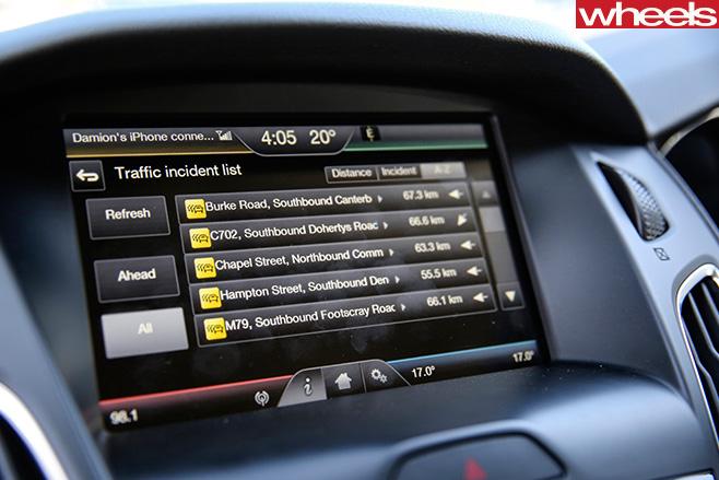 Ford -Focus -Sport -Blue -infotainment -system