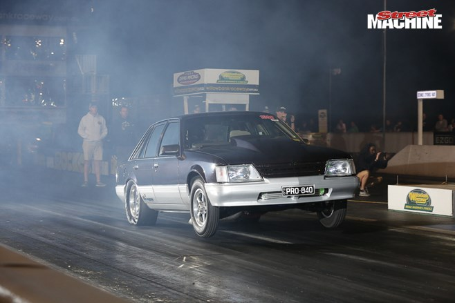 VK Commodore Drag Race