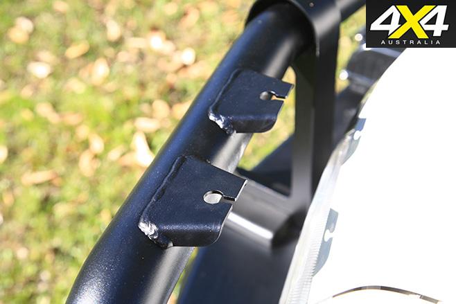 Three slotted antennae tabs