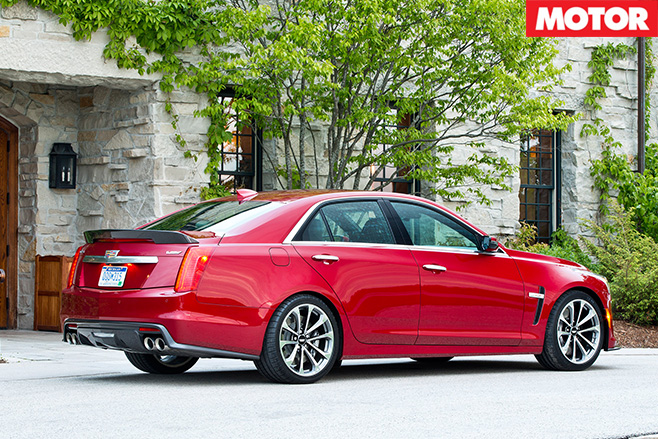 Cadillac CTS-V rear side
