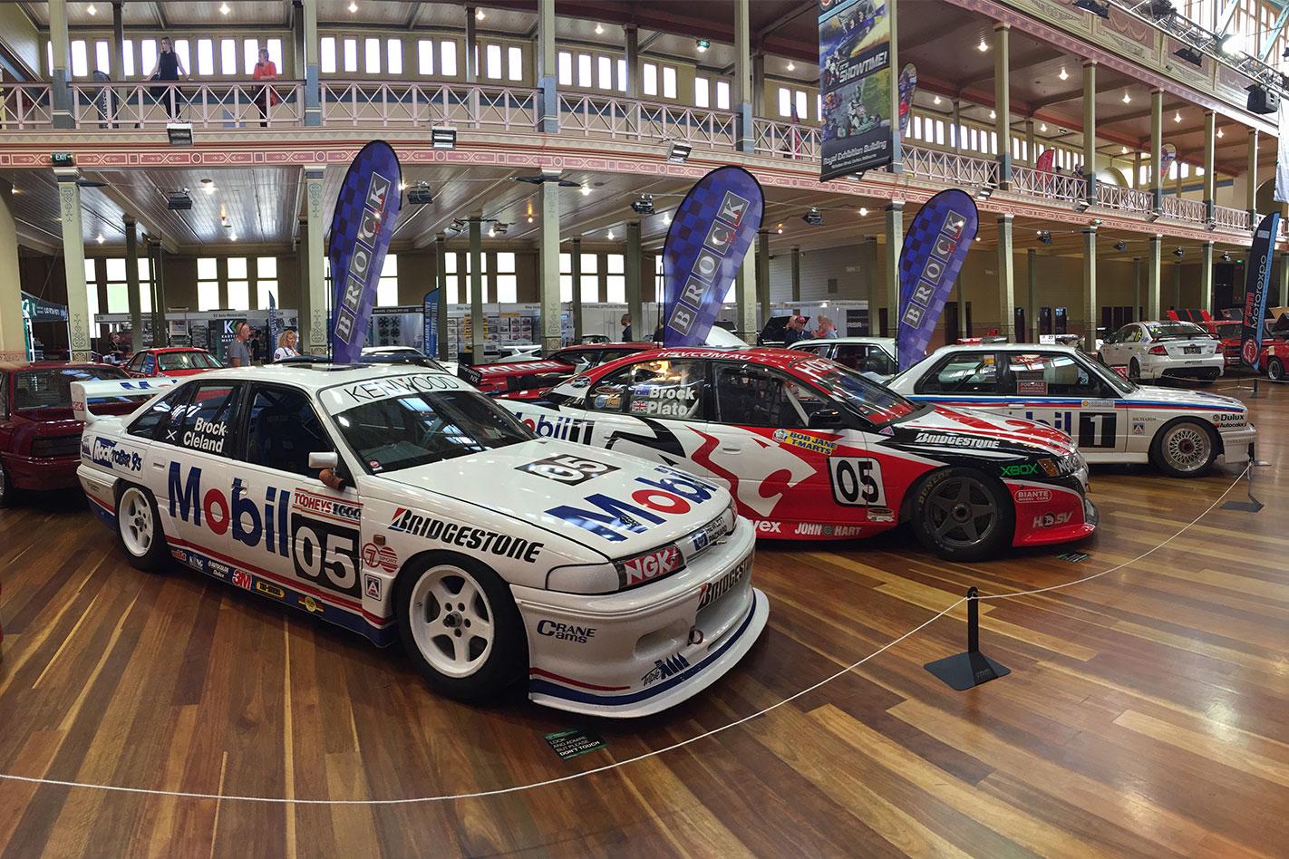Race -car -trio