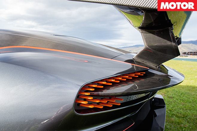 Aston Martin Vulcan -rear and lights