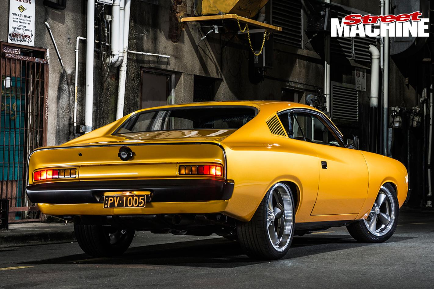 Chrysler -VJ-Charger -rear