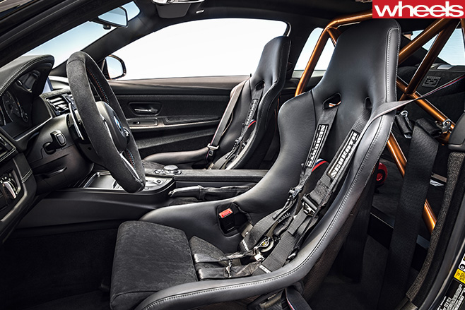 BMW-M4-GTS-roll -cage