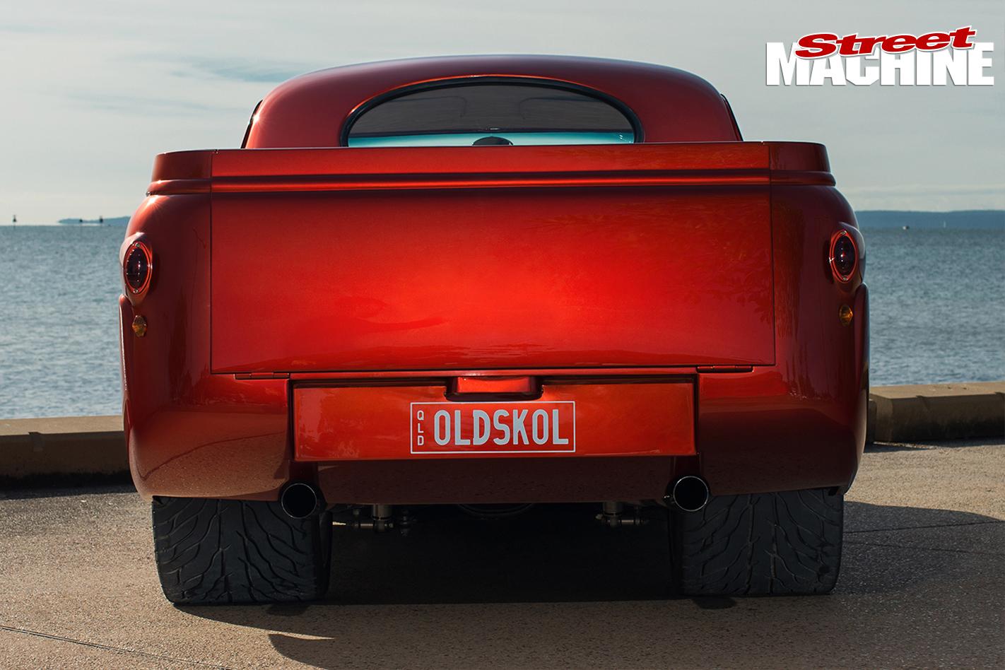 Ford -mainline -ute -old -skool -rear -view