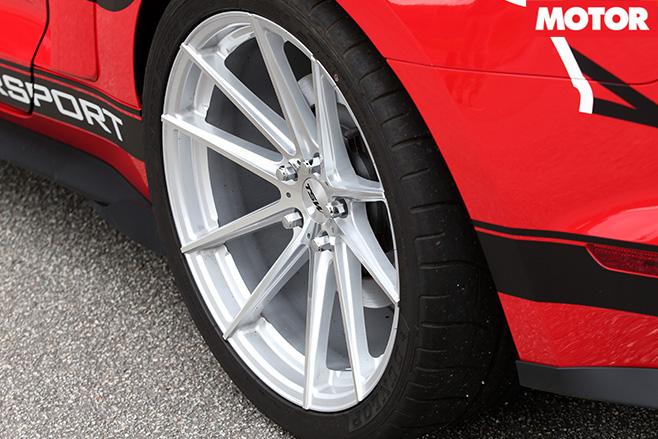 Roush R627 tyres