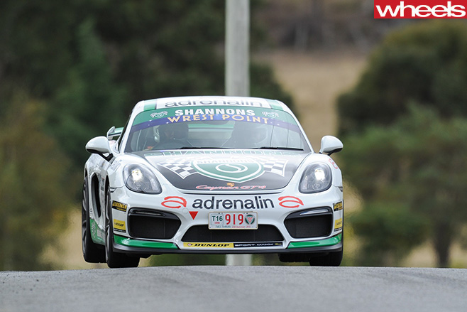 White -Porsche -911-Targa -Tasmania -driving