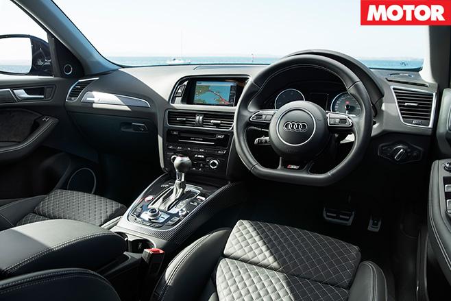 2017-Audi SQ5 Plus interior