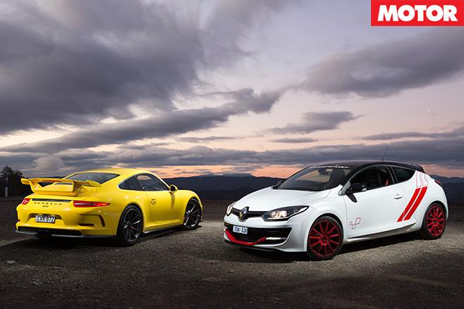 Porsche 911 GT3 vs Renault Megane Trophy R