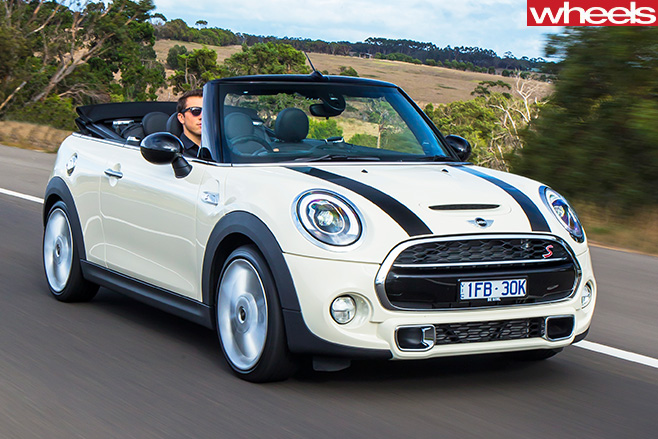 Mini -Cooper -S-convertible -driving -front