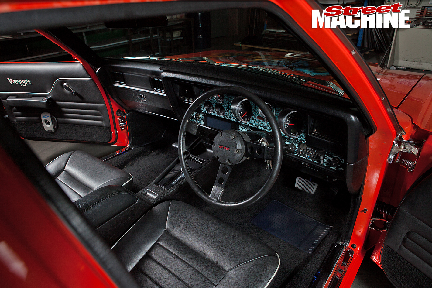 Holden -HJ-Sandman -interior -front