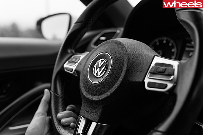 Volkswagen -steering -wheel -car