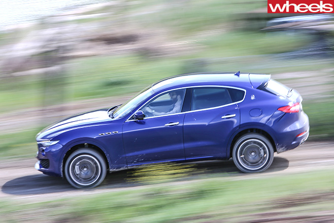 Maserati -Levante -driving -side