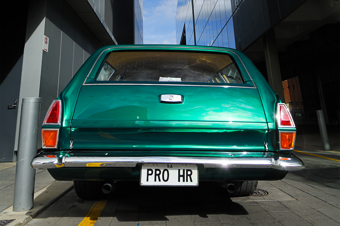 Holden -HR-wagon -rear