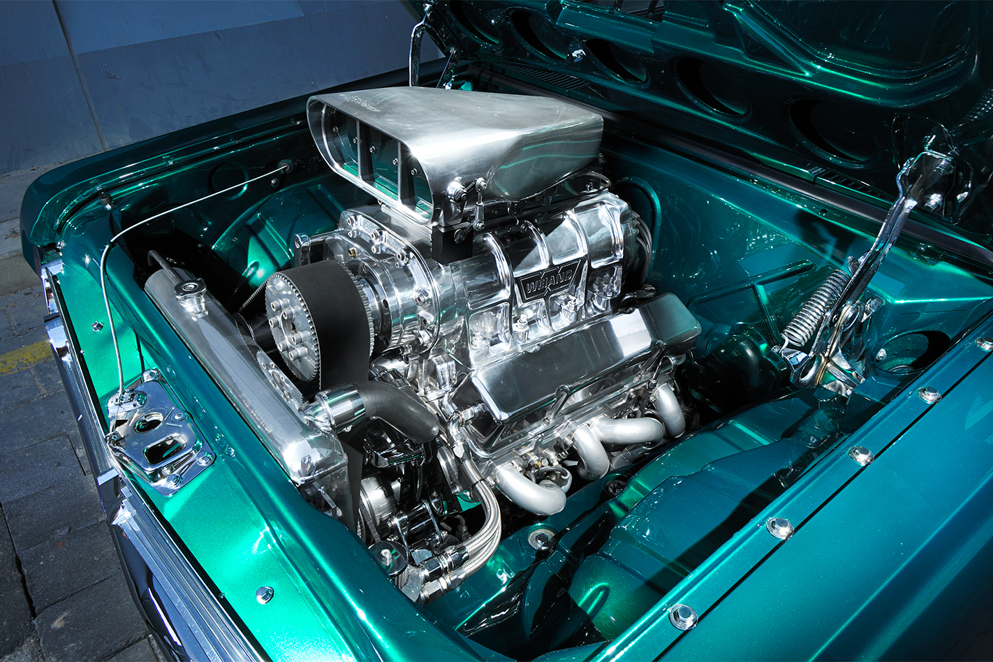 Holden -HR-engine -bay