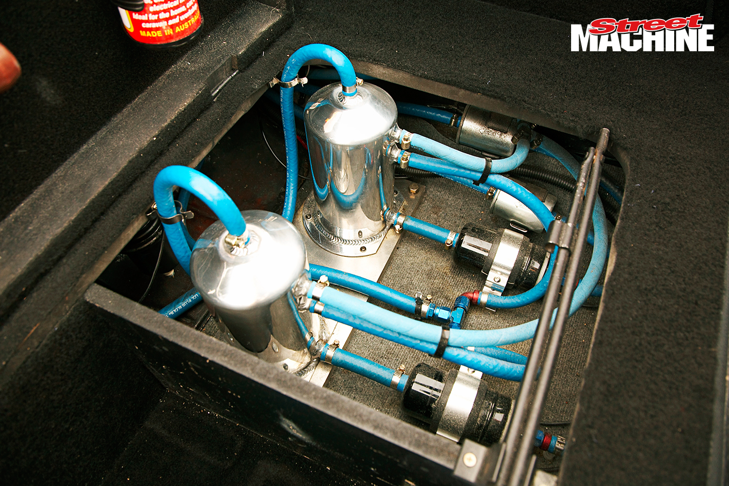 HR Holden Ute 2