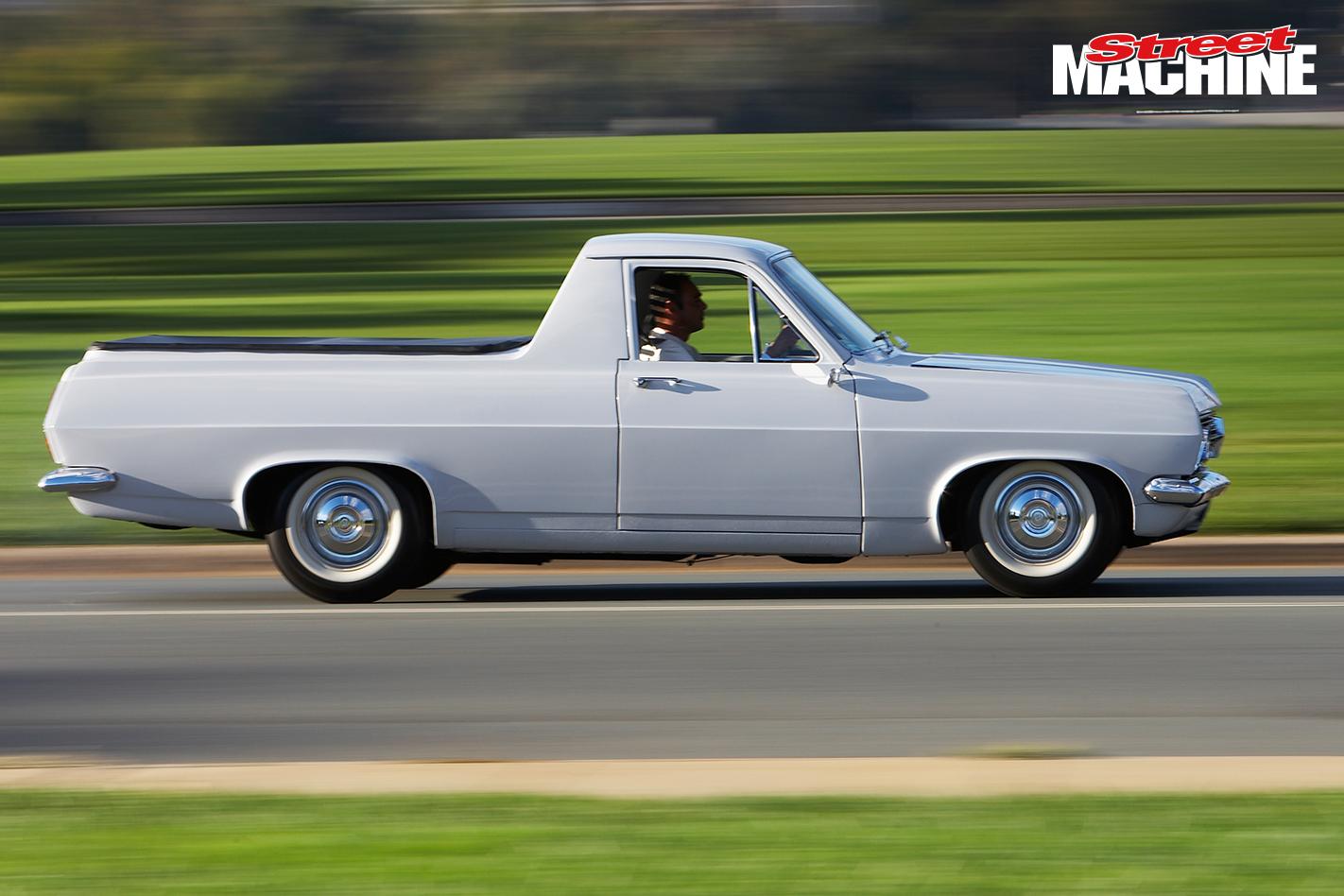HR Holden Ute 4