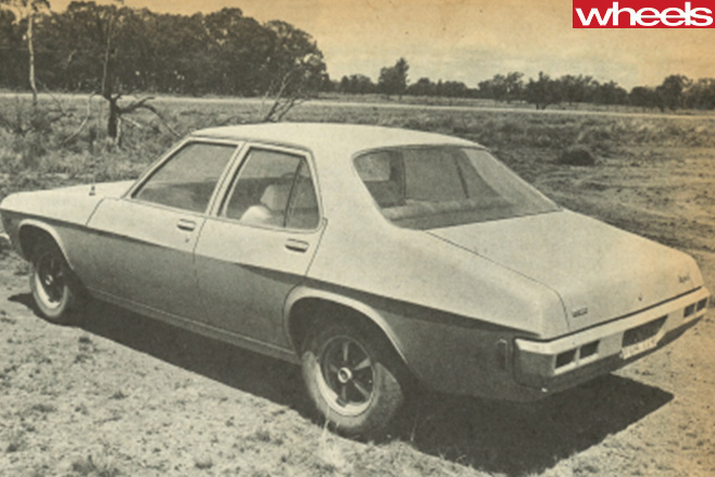 1972-Holden -Kingswood -black -white -rear