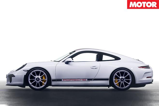 Porsche 911 R side