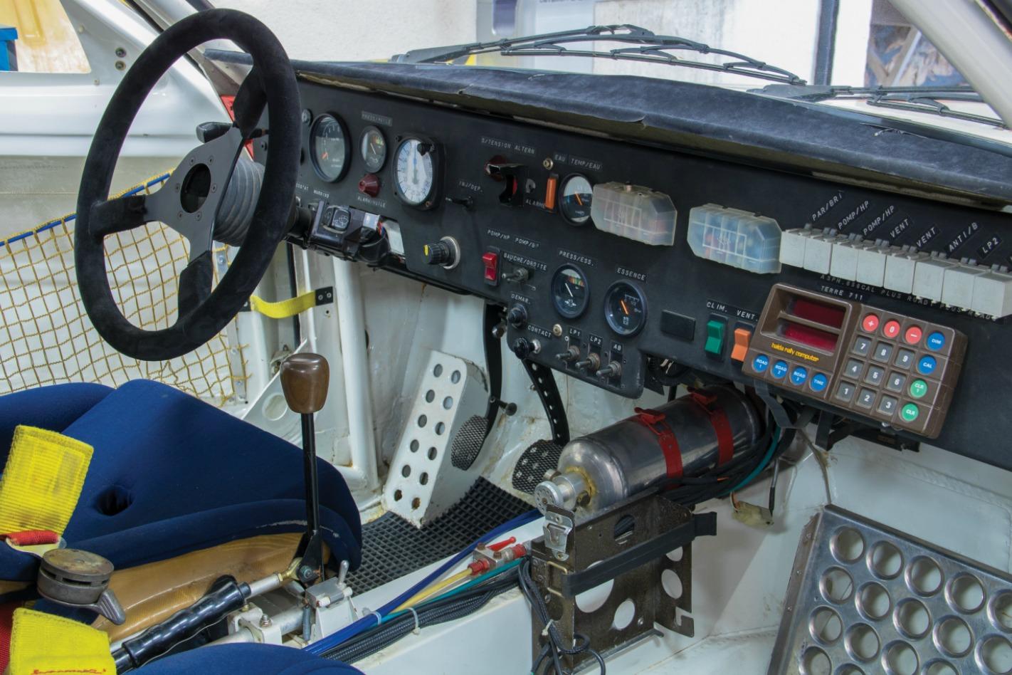 Peugeot 205 T16 Interior