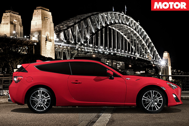 Toyota 86Shooting Brake side