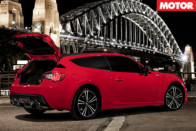 Toyota 86Shooting Brake boot open