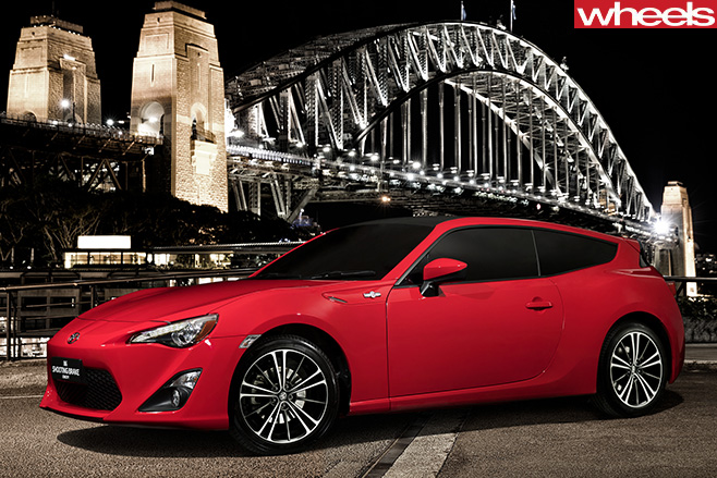 Toyota -86-GT-shooting -brake -front -side