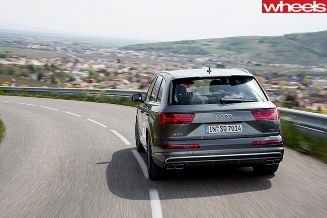 Audi -SQ7-rear -side