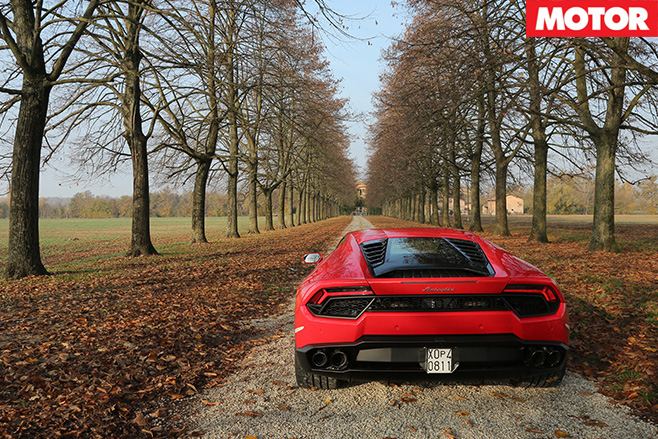 Lamborghini Huracán rear trees