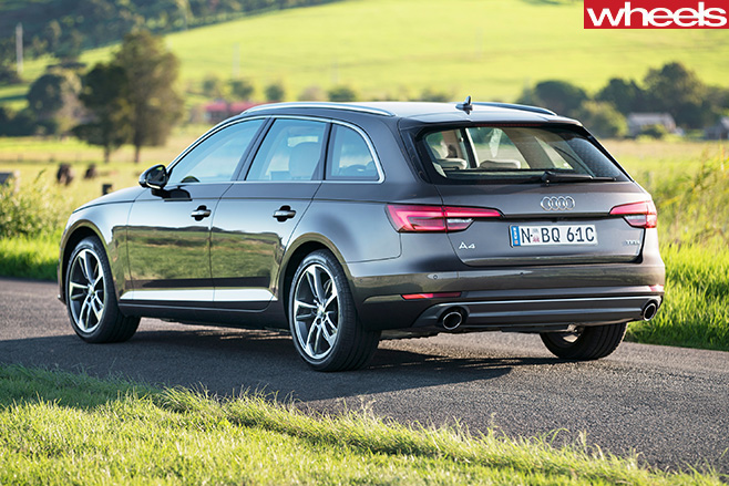 Audi -A4-Avant -rear -side -stationary