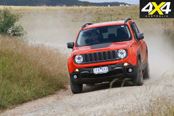 Jeep Renegade Trailhawk trail driving