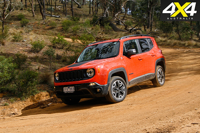 Jeep Renegade Trailhawk driving