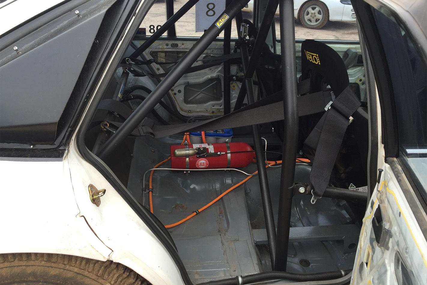 Toyota -Lexcen -V8-AWD-rear