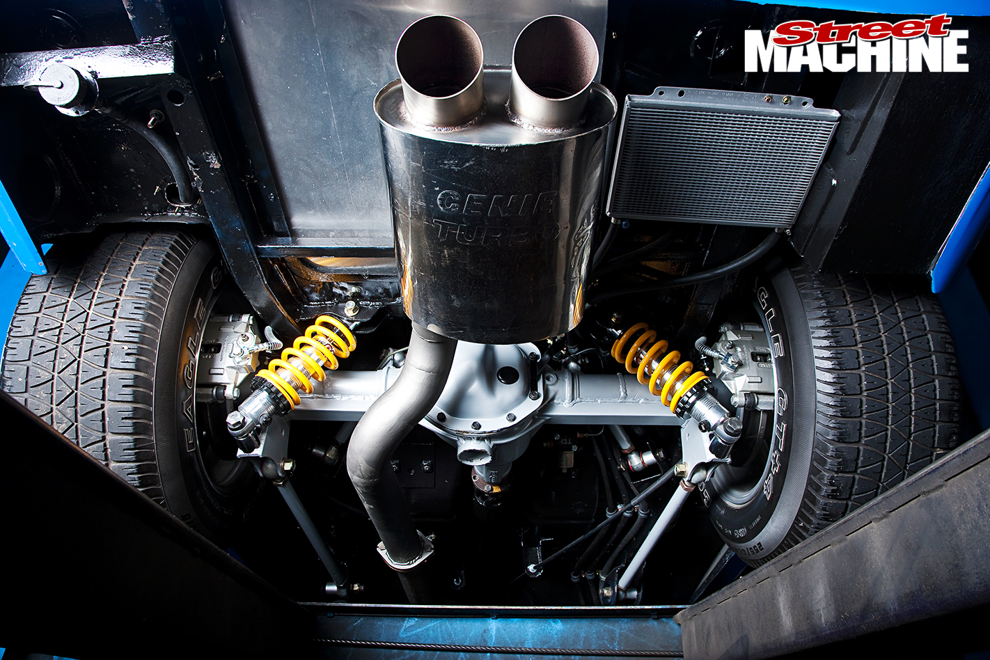 Holden -LJ-Torana -Coupe -exhaust