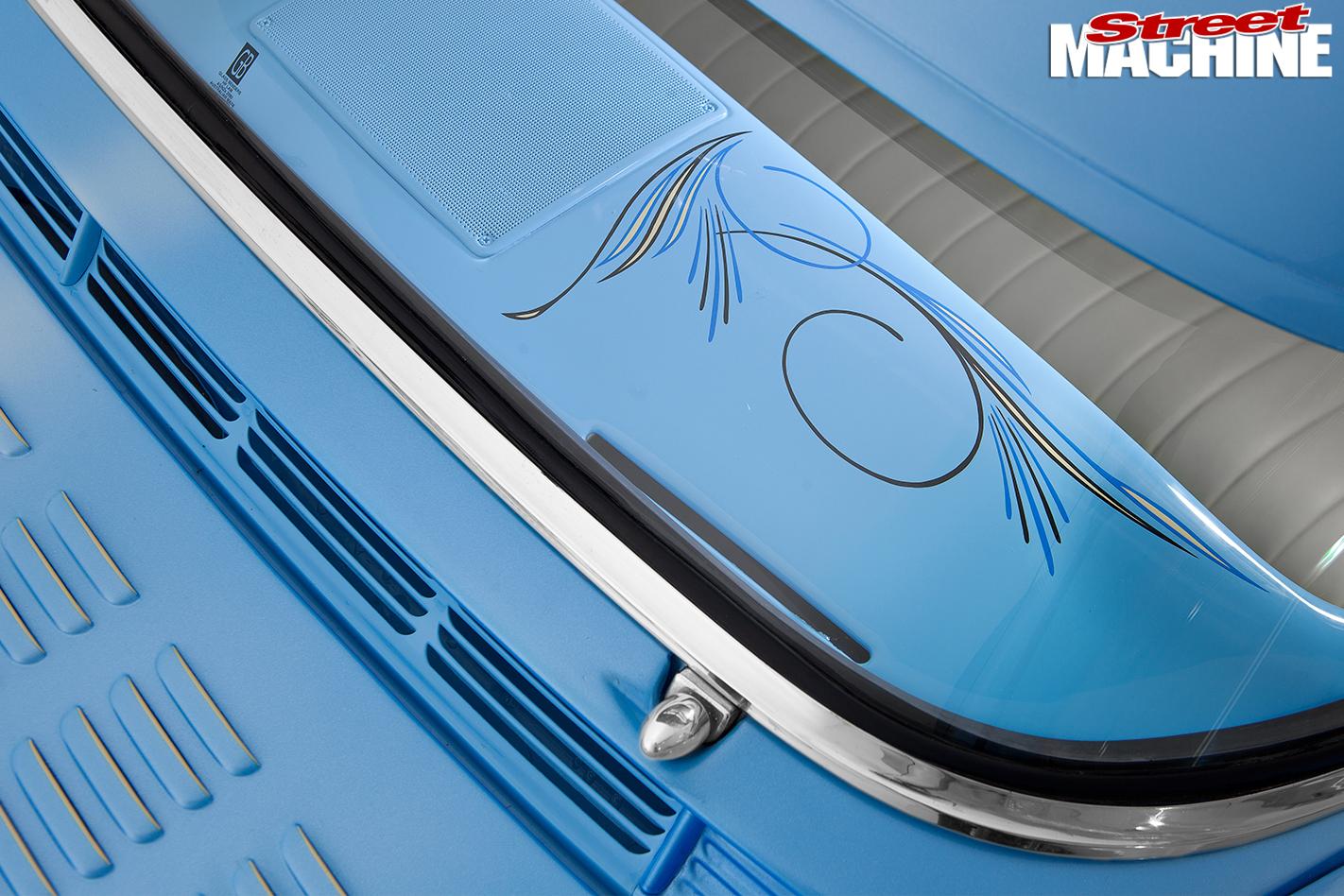Holden -FB-van -bonnet -detail