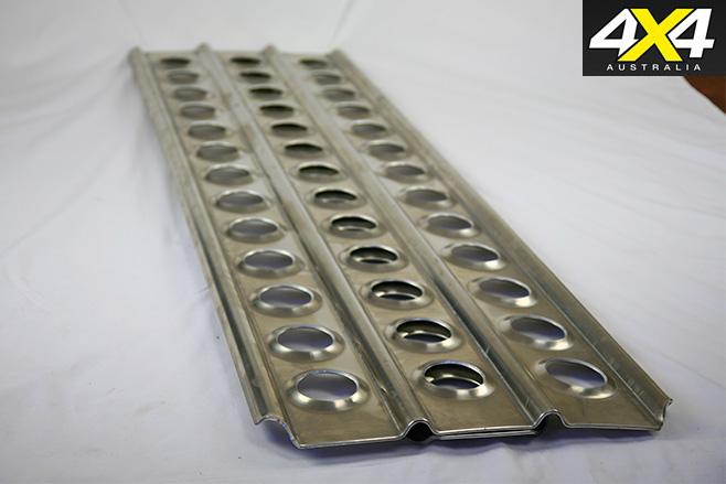 Aluminium bridging ladders