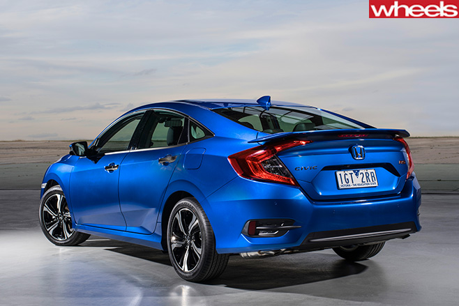 Honda -Civic -RS-rear -side