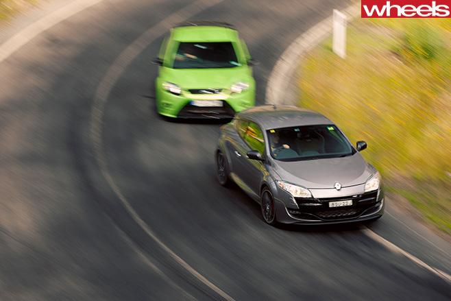 Renault -Megane -v -Focus -RS